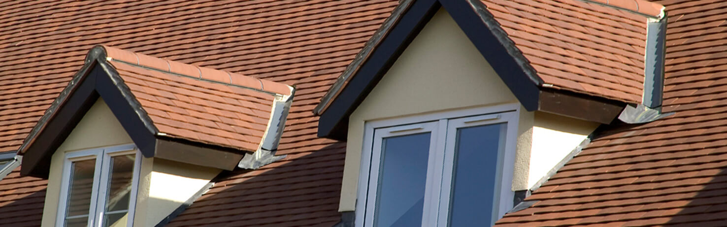 Redland sandtoft eternit clay machine made plain roof tiles for Buy clay roof tiles online